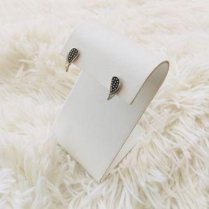 🦢 Silver Wing Earrings 🦢
